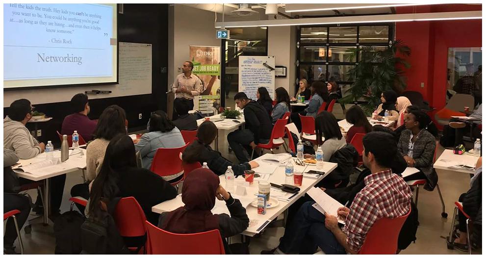 À l'IDRF, le programme Get Job Ready est passé des écoles et des espaces communautaires aux salles de réunion virtuelles de Zoom.